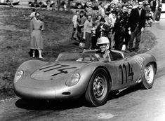 In 1958 Wolfgang Graf Berghe v. Trips won the first European hill-climb championship for Porsche. He is seen here on the Gaisberg en route to victory in the 718 RSK Spyder. Porsche 550, Porsche Models, Porsche Cars, Le Mans, Vintage Racing, Vintage Cars, Porsche Motorsport, Gilles Villeneuve, Vintage Porsche