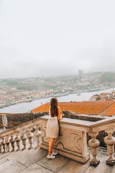 To Visit in Porto: Sé do Porto Travel Pictures Poses, Cool Pictures, Cool Photos, Rivers And Roads, Over The River, European Destination, Empire, How To Pose, Adventure Is Out There