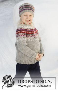 Pull enfant tricoté de haut en bas en DROPS Karisma, avec empiècement arrondi et jacquard nordique. Du 2 au 12 ans. Bandeau tricoté en DROPS Karisma avec jacquard nordique.
