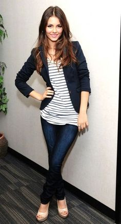Tight blazer + stripes loose tee + skinny jeans + nude high heels < Basic but cute
