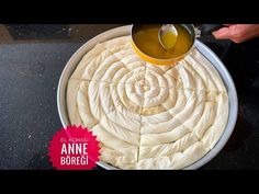 Annemden ÖğrendiÄŸim Mayasız En Güzel El Açması Börekâ. - Pratik Hızlı ve Kolay Yemek Tarifleri Beautiful Hands, Most Beautiful, Turkish Recipes, Ethnic Recipes, Food And Drink, Yummy Food, Healthy Recipes, Cheese, Make It Yourself