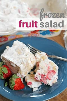 This frozen fruit salad is made with strawberries, bananas, nuts and pineapple. Made in only 10 minutes! No cook dessert for the win! Frozen Fruit Cups, Frozen Fruit Salads, Fresh Strawberry Desserts, Strawberry Angel Food Cake, Angel Food Cake Desserts, No Cook Desserts, Frozen Desserts, Frozen Yogurt, Delicious Desserts