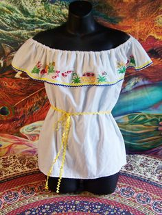 Mexican Blouse Off shoulder Blouse White by GreenMarketVintage