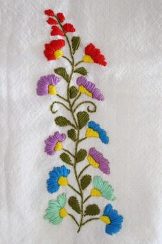 Free Mexican embroidery .