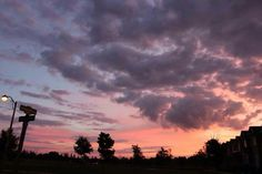 sky, sunset, and clouds image Pretty Sky, Beautiful Sky, Beautiful Places, Nature Architecture, Cotton Candy Sky, Look At The Sky, Sky Aesthetic, Sunset Sky, Sunset Lover