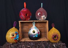 Bird pods by Suzanne Higgs- Hooked On Felt