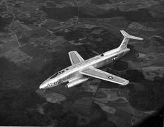 Martin XB-51 - Experimental prototype trijet that was later rejected by the U.S. military in favour of the B-57. (Photo: U.S. Air Force)