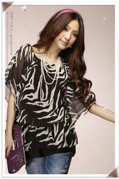 Una hermosa blusa con manga murcielago..
