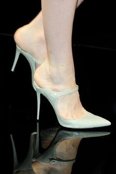 Hermosas zapatillas.