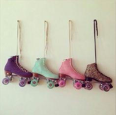 Rollerskates retro pink mint green purple