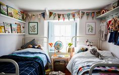Help kids decorate their side of a shared bedroom to suit their personality. Use wall hooks to display their favourite clothes and shelves to show off their best books Boy And Girl Shared Bedroom, Shared Rooms, Baby Bedroom, Kids Bedroom, Ikea Sofas, Creative Kids Rooms, Home Staging, Kids Decor, Kids House