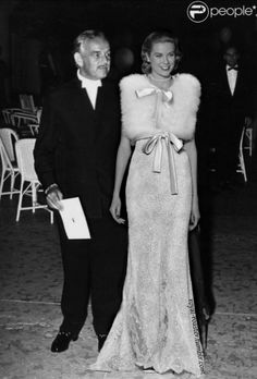 Prince Rainier with Princess Grace looking so glamorous. Charlotte Casiraghi, Andrea Casiraghi, Monaco As, Monaco Royal Family, Kelly Monaco, Fur Fashion, Royal Fashion, Prince Rainier, Retro Vintage