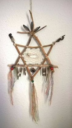 of David combined with an Indian dream catcher.Star of David combined with an Indian dream catcher. Nature Crafts, Fun Crafts, Diy And Crafts, Arts And Crafts, Los Dreamcatchers, Dream Catcher Craft, Homemade Dream Catchers, Dream Catcher Mobile, Craft Projects