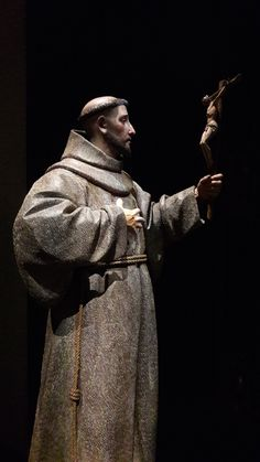 Pedro de Mena y Medrano's St Francis of Assisi, century. Francis Of Assisi, St Francis, St Joan, Cleric, Catholic Saints, 17th Century, San Francisco, Beautiful Images, Craft
