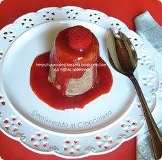 semifreddo cioccolato in salsa di fragole