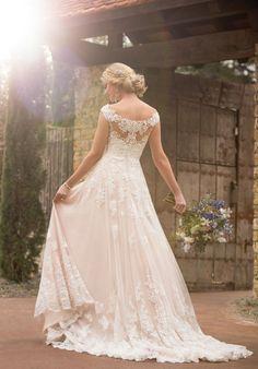 Robe De Mariage : Casual boho wedding dress | Essense of Australia d2327 | trib.al/IJUHQay...