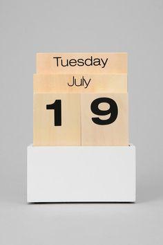 Wood Shuffle Desktop Calendar | Urban Outfitters