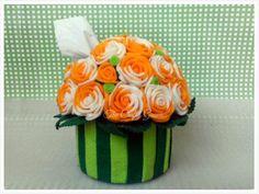 GUAVA Handicraft | Flanel Unik dan Eksklusif: Roses Bouquet | Tempat Tisu Gulung Decorated tissue roll box
