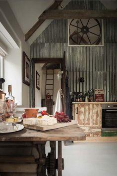 Gut geblecht: Dem Raum einen Hauch Vintage-Charme verleihen: Blech ist in!  – von Fliesenspiegeln bis zur Wandbekleidung. (Suchanfragen für Blech Wohnideen +563 %)