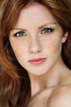 47 Trendy Hair Color For Fair Skin And Freckles Redheads Beautiful pins Beautiful Freckles, Beautiful Red Hair, Gorgeous Redhead, Beautiful Eyes, Most Beautiful Women, Simply Beautiful, Irish Redhead, Redhead Girl, I Love Redheads
