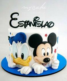 Mickey Mouse - cake by Natalia Casaballe Pastel Mickey, Mickey And Minnie Cake, Bolo Mickey, Mickey Cakes, Baby Birthday Cakes, Mickey Mouse Birthday, Birthday Cake Kids Boys, Happy Birthday, Minni Mouse Cake