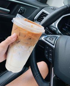 creds: paytonhamilton on vsco Starbucks Hacks, Café Starbucks, Bebidas Do Starbucks, Starbucks Frappuccino, Starbucks Recipes, Coffee Recipes, Coffee Is Life, I Love Coffee, Coffee Break