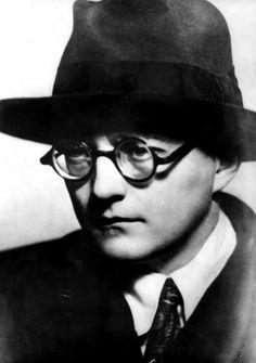 Dmitri Shostakovich: A Life