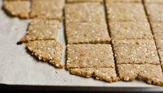 Easy Vegan & Gluten Free Crackers  Substitute rice flour for Paleo