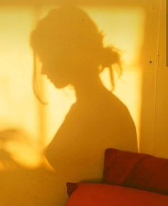 girl shadow yellow shared by maria on We Heart It Yellow Aesthetic Pastel, Rainbow Aesthetic, Aesthetic Colors, Pastel Yellow, Aesthetic Collage, Shades Of Yellow, Aesthetic Photo, Aesthetic Pictures, Sun Aesthetic