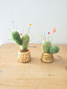 Miniature cactus pin cushion clay pot wool felt display cactus