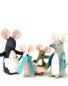 Sewing and Craft Kits Make A Family, Felt Mouse, Second Child, Craft Kits, Felt Crafts, Dolls, Christmas Ornaments, Sewing, Holiday Decor