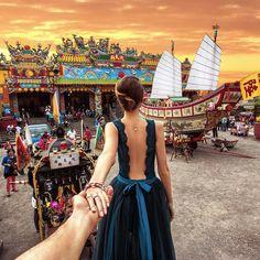 "211.4 mil Me gusta, 1,595 comentarios - Murad Osmann (@muradosmann) en Instagram: ""#followmeto the Kingdom of Polonnaruwa Stupa in Sri Lanka with @natalyosmann. It is a Buddhist…"""