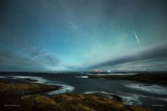 Geminid meteor over rolling cloud.  www.facebook.com/tommyeliassenphotography