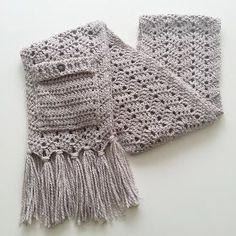 Warme wintersjaal met zakken      Op internet zag ik steeds van die prachtig gebreide sjaals langskomen en natuurlijk wou ik er ook éé...