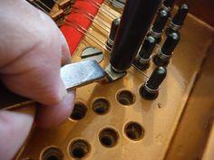 Stringing a Grand Piano Moving A Piano, Grand Piano, Manualidades