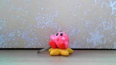 Let''s make cute Kirby polymer clay keychain! Kirby Nintendo, Clay Keychain, Clay Figures, Cute Charms, Clay Tutorials, Diy Projects To Try, Polymer Clay, Let It Be, Key Chain