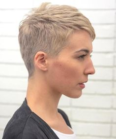 Short Pixie Haircuts for Pretty Look. Pixie hairstyles are the most popular options women try.Pixie hair is suitable for both young and old ladies. Very Short Bangs, Very Short Pixie Cuts, Wavy Pixie Cut, Short Blonde Pixie, Pixie Cut With Bangs, Short Hair Cuts, Asymmetrical Pixie, Long Pixie, Pixie Bangs