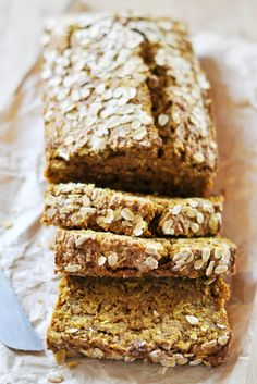 Vegan Quinoa-Oat Pumpkin Bread - The Colorful Kitchen