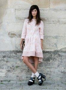 Yes or No: Steeds meer modemeisjes dragen sokken in sandalen | NSMBL.nl