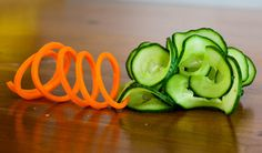 Culinary school – How to make carrot slinky and cucumber garnish sushi step by step DIY tutorial instructions, How to, how to do, diy instructions, crafts, do it yourself, diy website, art project ideas