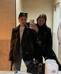 Urbane Fotografie, Look 80s, Look Fashion, Fashion Outfits, Urban Outfits, Mode Ootd, Look Girl, Neue Outfits, Looks Street Style