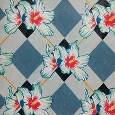 #ShareIG #패턴 #디자인 #꽃 #color #check #flower #design #drawing #pattern #과제 #텍스타일 2학기 #무궁화 모티브 체크무늬 ㅡㅠ색연필로 노가다 하던 게 생각난다ㅏ..