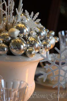Bethlehem Christmas Tablescape - StoneGable