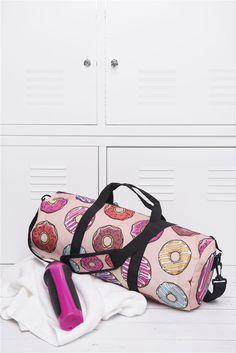 Buy this ladies bag - http://www.wayfarer.cz/damske-sportovni-tasky
