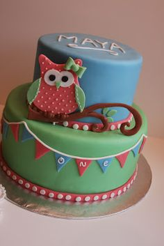 Tammy's Frosted Memories: Owl Cake