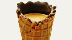 Chegou o café que se bebe dentro de um cone