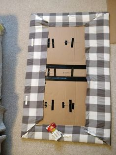 Learn how to make a cheap & easy DIY upholstered headboard with tufting, using simple materials you have at home. No powertools and no sewing needed. Cardboard Headboard, Cheap Diy Headboard, How To Make Headboard, Diy Cardboard, Diy Headbord, Headboards For Beds, Fabric Headboards, Upholstered Headboards, Diy Upholstered Headboard
