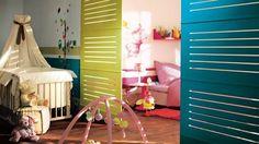Cloisons amovibles chambre enfant parents // http://www.deco.fr/tendance-deco/photos-separer-en-toute-simplicite-grace-aux-cloisons-amovibles-71594/?&svc_mode=M&svc_campaign=Deco_21/03/2014&partner=-&svc_position=468575911&svc_misc=-&crmID=321577372_468575911&estat_url=http://www.deco.fr/tendance-deco/photos-separer-en-toute-simplicite-grace-aux-cloisons-amovibles-71594/