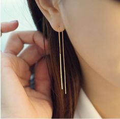 These Bar long earrings goes well with any outfit- perfect for everyday!  Sweet little earrings perfect for gift.   Size/Dimensions/Weight totals length : 6cm   Color silver ,gold, pink gold   Materia