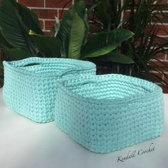 I made these baskets from 1 roll of Lincraft Spaghetti Yarn #lincraft #crochet #crochetersofinstagram #crochetbasket #bobbiny #trapartau #trapillo #hoooked #hoookedzapagetti #kottoon #tshirtyarn #fiodemalha by kendallcrochet